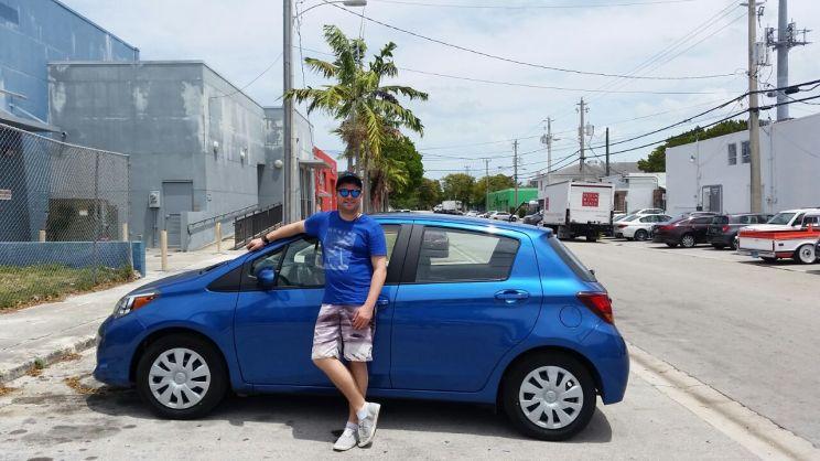 Haiti Auto und Henne